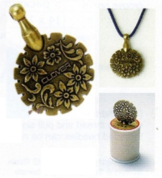 Clover thread cutter pendant antique gold mozeypictures Gallery